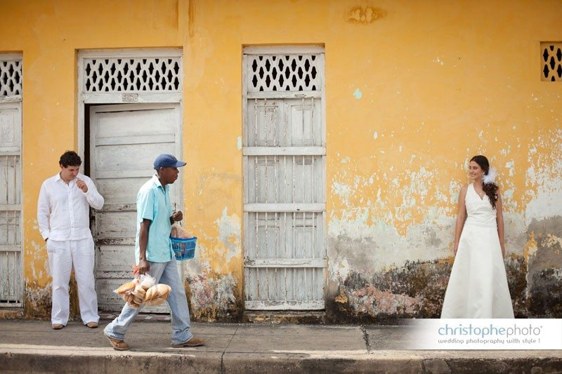 photo portrait with the old part of Cartagena, Colombia